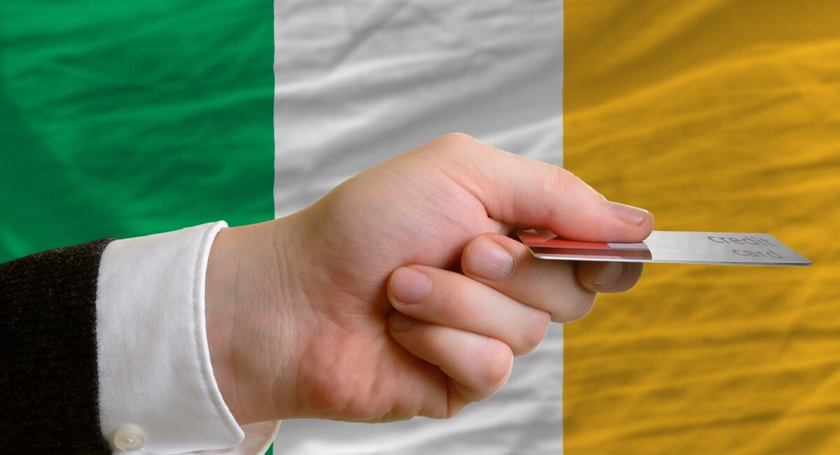 Card payment in Ireland: should small businesses consider mobile terminals?